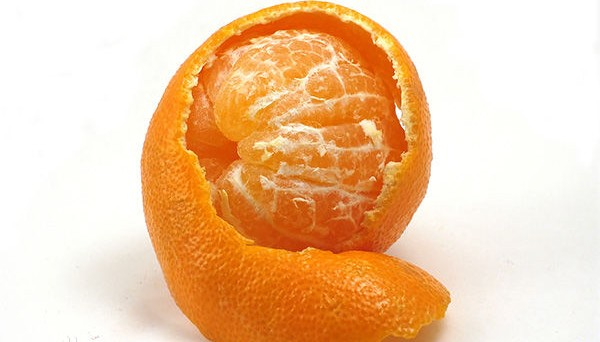 Small microwave thawing machine for citrus
